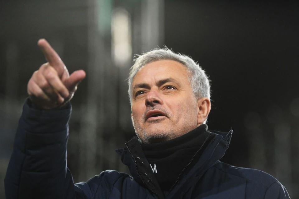 Mourinho Takut-Takuti Wasit Yang Beri Inggris Penalti