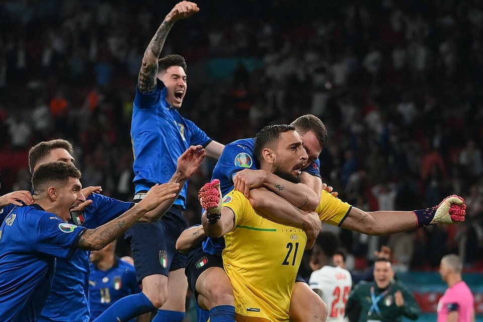 Ronaldo Top Skor Euro, Donnarumma Pemain Terbaik Turnamen
