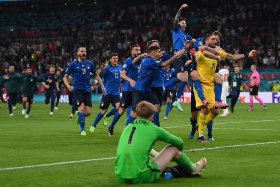 Sejarah! Italia Tim Pertama Yang Menangi Dua Adu Penalti Beruntun di Euro