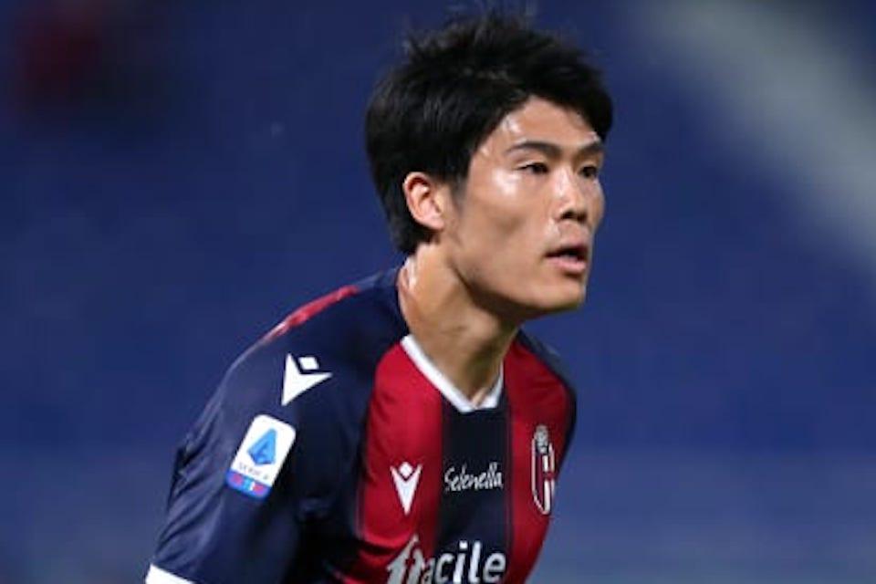 Tottenham Hotspur Belum Menyerah Kejar Bek Jepang Satu Ini