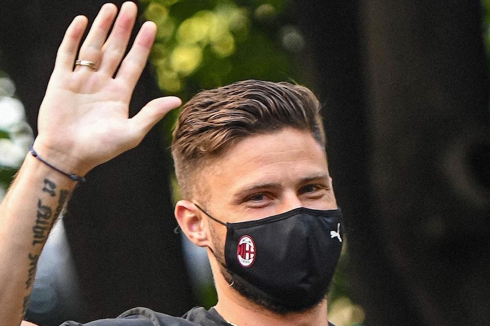 Alasan Utama Olivier Giroud Termia Pinangan AC Milan