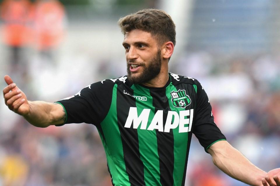 Winger Eksplosif Italia Kian Dekat Gabung AC Milan?