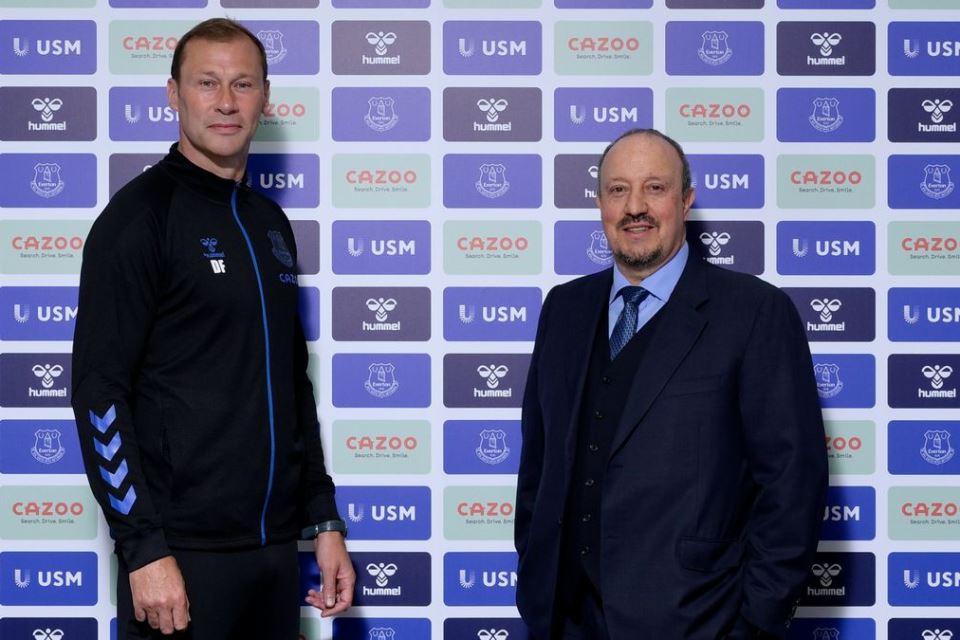 Rafa Benitez Ingin Daratkan Bek Barcelona ke Everton, Siapa?