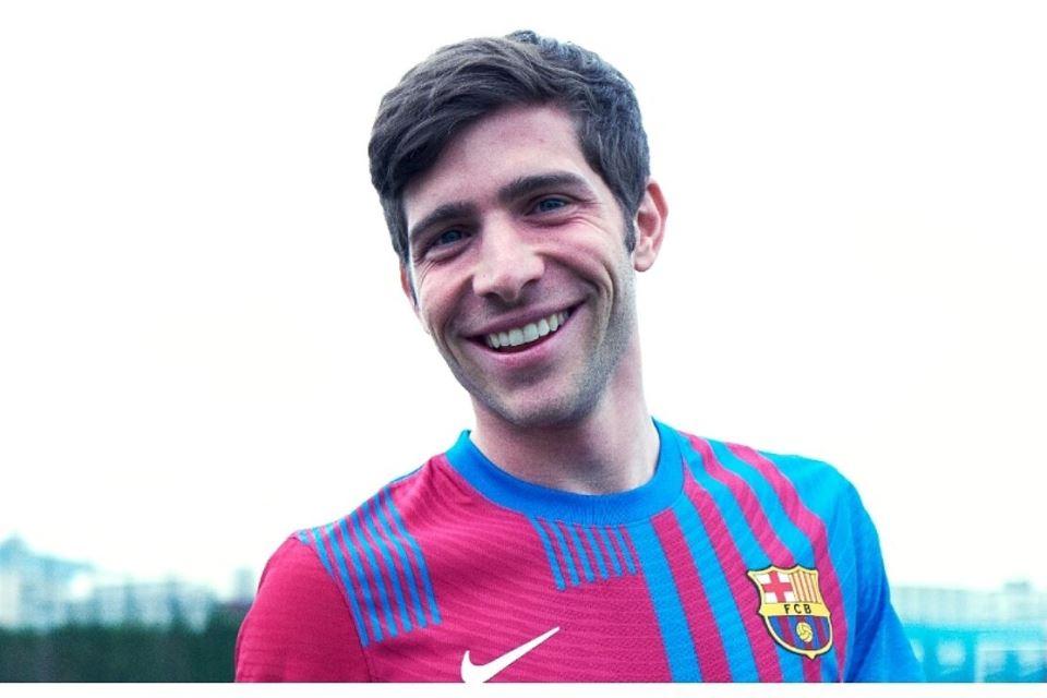 Fullback Kanan Barcelona Masuk Radar Bayern Munich