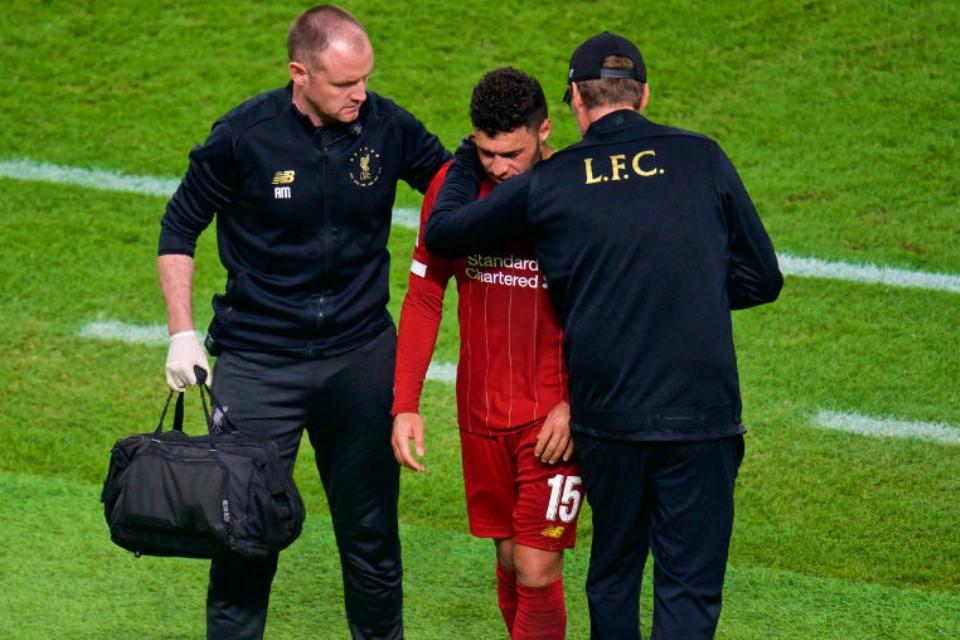 Biar Kariernya Kembali Moncer, Chamberlain Pindah Saja ke West Ham
