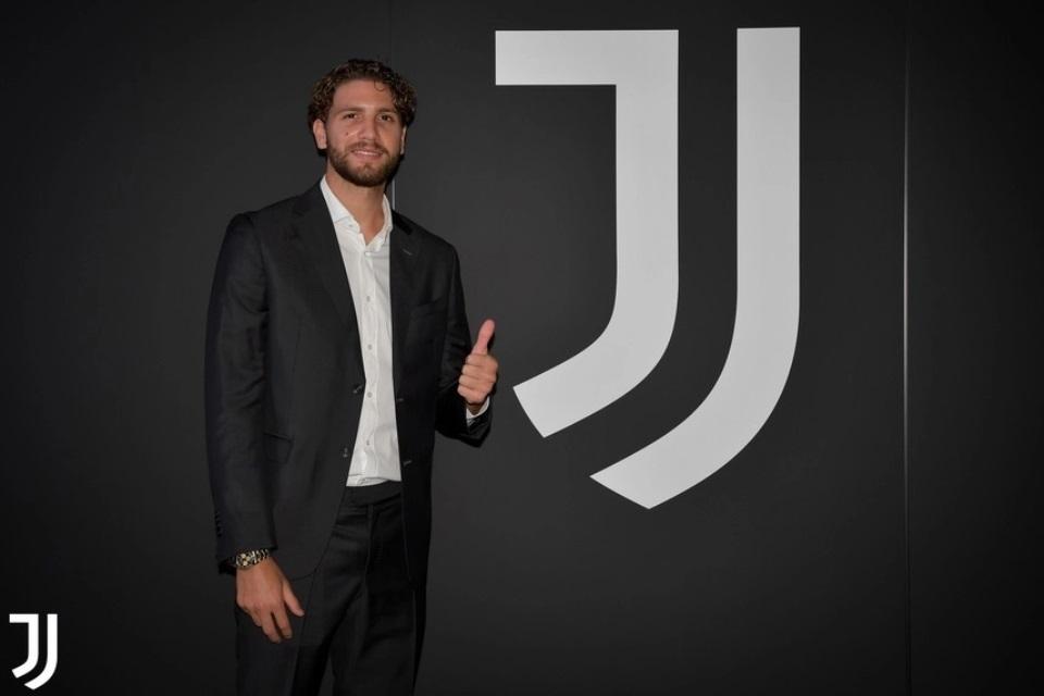 Dicicil Tiga Tahun, Juventus Resmi Dapatkan Manuel Locatelli