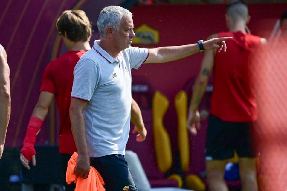Mourinho: Cuma Pochettino Yang Puas Dengan Skuadnya Sekarang