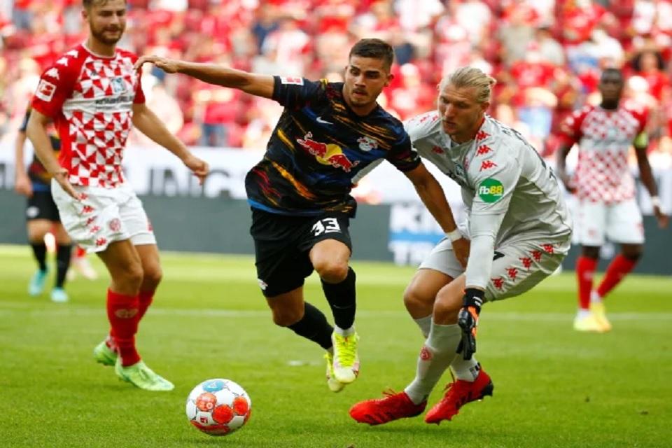 Sumber: www.sportsmole.co.uk