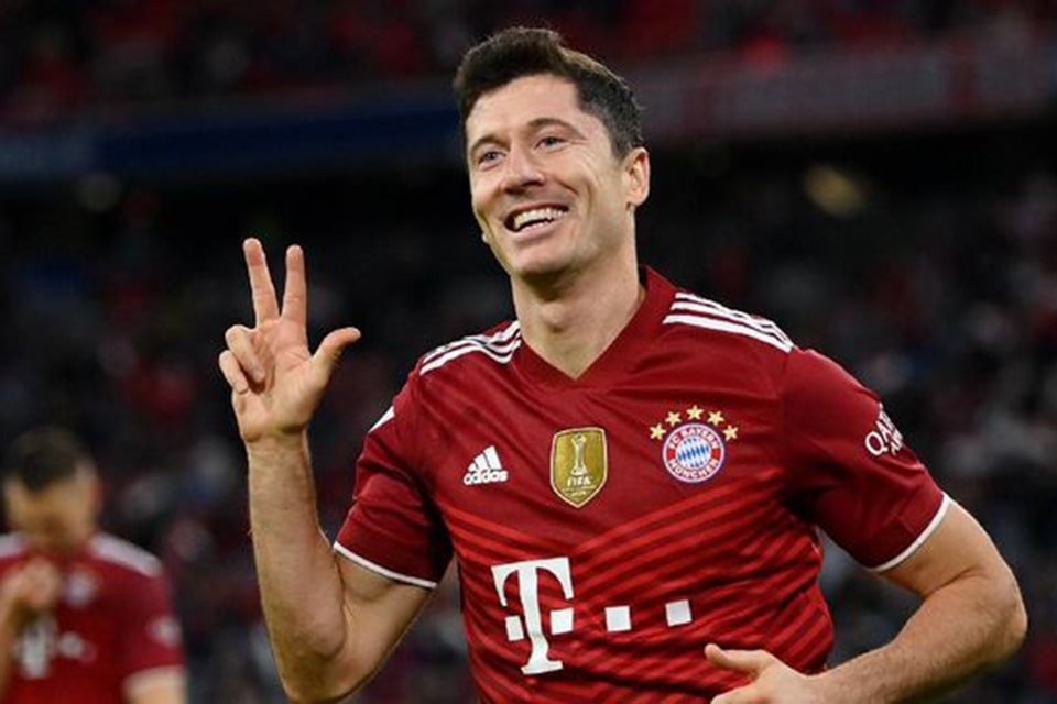 Thomas Muller Heran Diberikan Gol Oleh Lewandowski