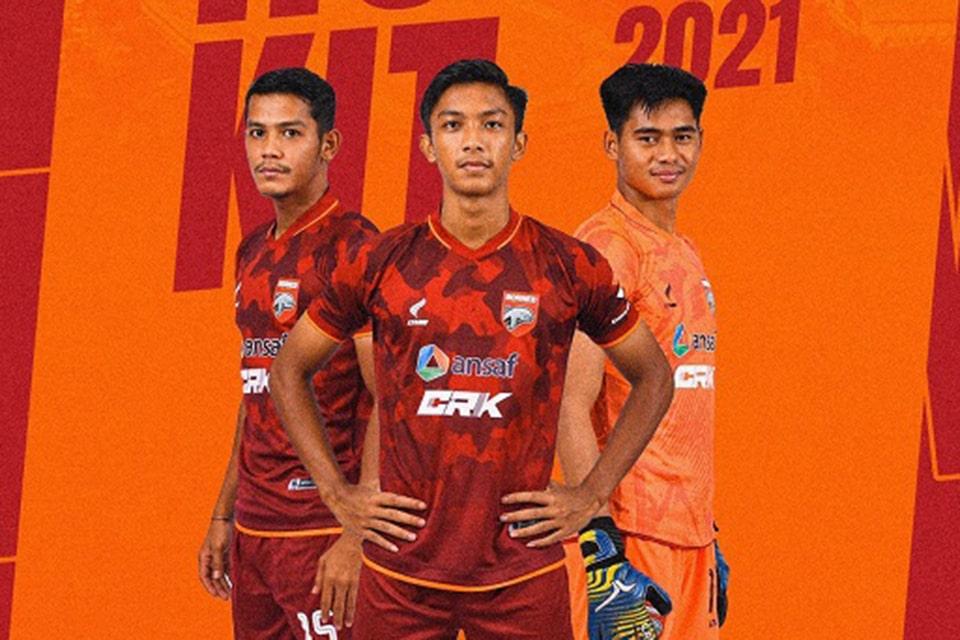 Dapat Seragam Baru, Pemain Borneo Siap Bakar Semangat