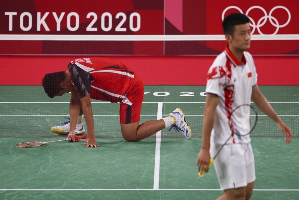 Straight Set! Mantan Ranking 1 Dunia Hentikan Langkah Anthony Sinisuka Ginting