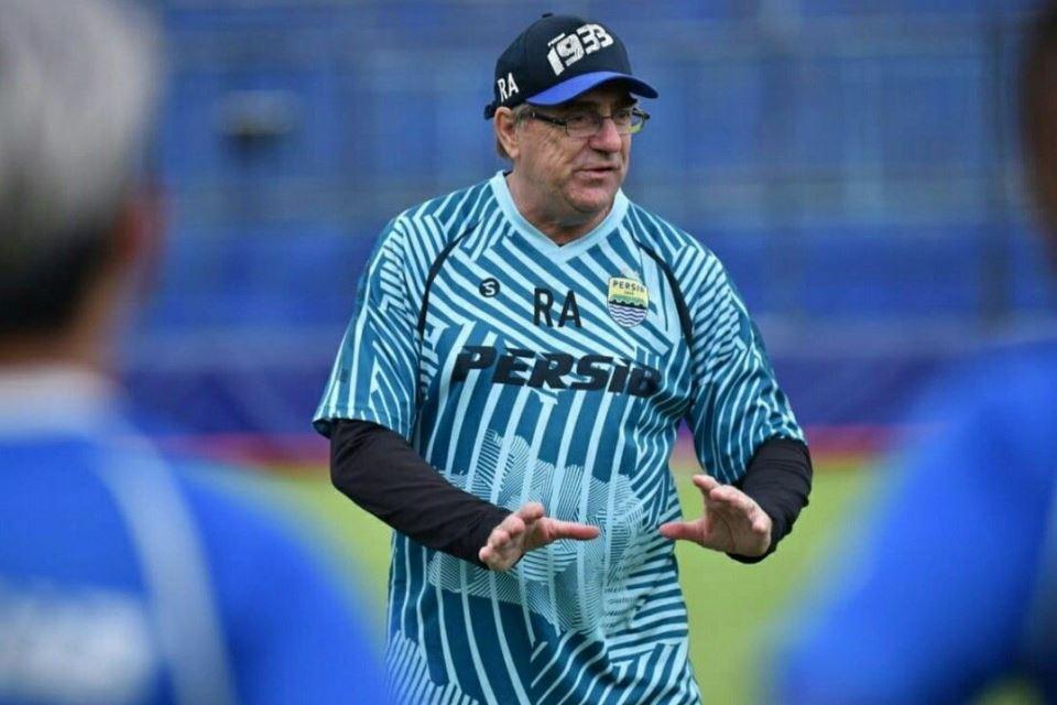 Robert Albert Sebut Persib Punya Lima Pesaing di Liga 1 2021
