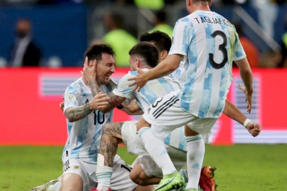 Dan Messi Pun Menangis Untuk Argentina