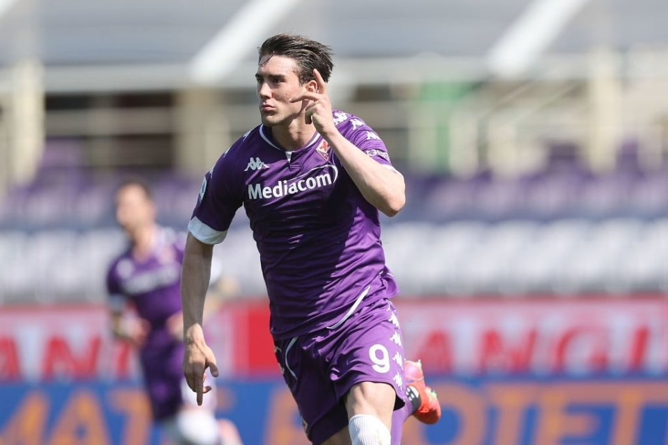Dusan Vlahovic Bakal Jadi Pemain Bergaji Tertinggi Dalam Sejarah Fiorentina