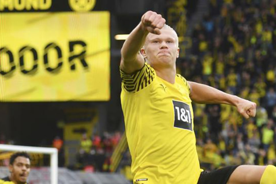Erling Haaland Akan Melebihi Lewandowski di Umur 21 Tahun
