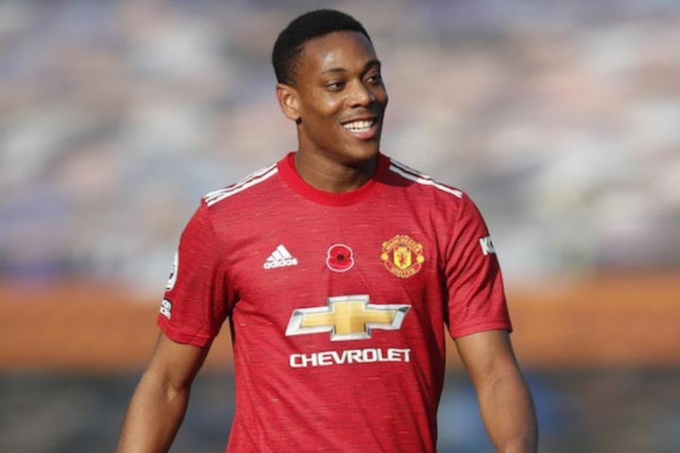 Ingin Dilepas ke Lyon, Anthony Martial Bersikeras Bertahan di Man United