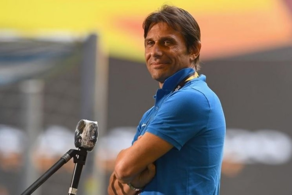 Mustahil Pelatih Dengan Kualitas Seperti Conte Mau Latih Arsenal