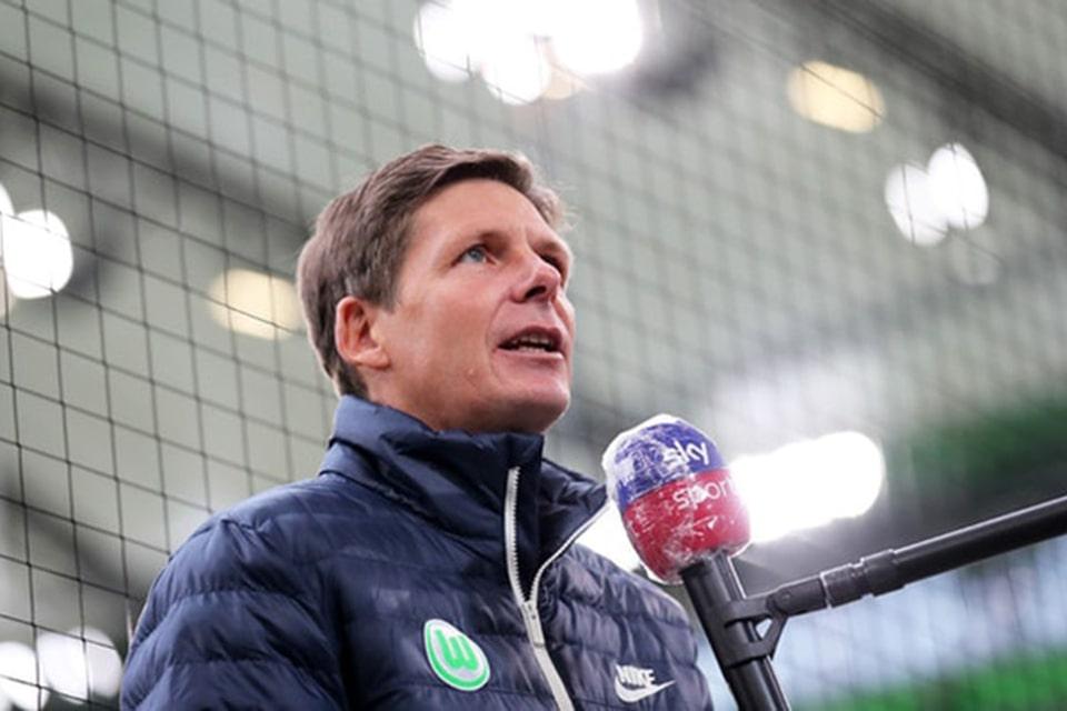 Tahan Imbang Fenerbahce, pelatih Frankfurt Turut Bangga