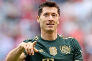 Robert Lewandowski Kecilkan peluangnya Untuk Pergi dari Munich