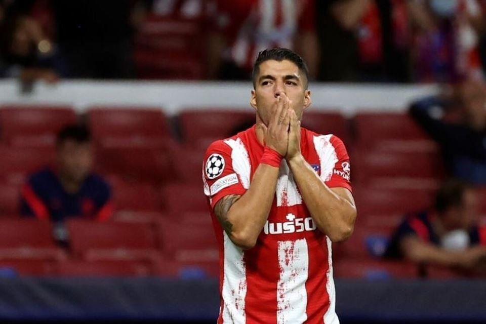 Luis Suarez, Momok Nyata Blunder Barcelona