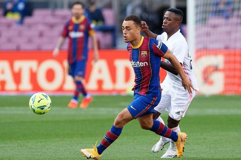Pulang Bela Timnas, Fullback Barcelona Cedera