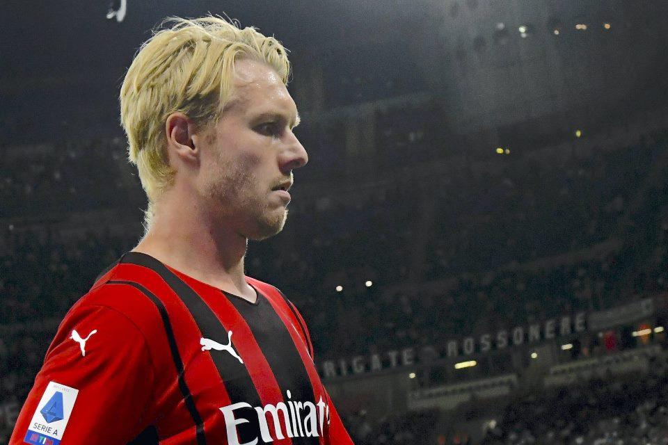 Ditaksir Dua Tim Inggris, Bek Veteran Milan Menolak, Kenapa?