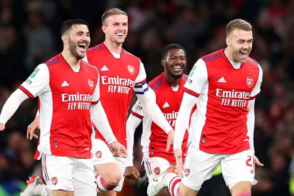 Arsenal Menang Setelah Merubah Taktik di Babak Kedua