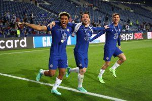 Bek Chelsea Musim Ini; Tangguh di Belakang, Tajam di Depan
