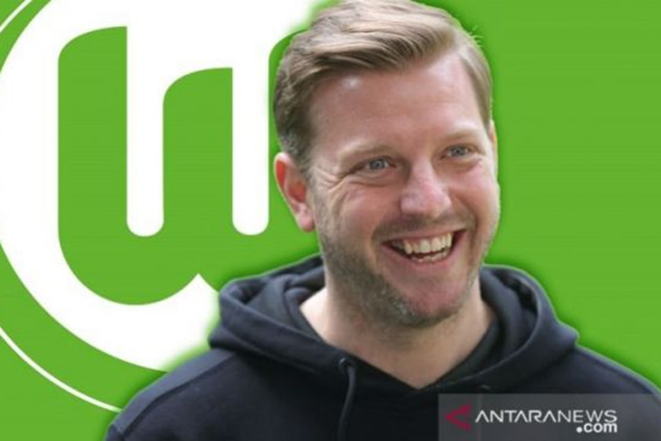 Menjadi Pelatih Baru Wolfsburg Florian Kohfeld Merasa Tertantang
