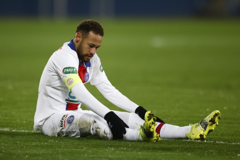 Jelang Duel Kontra RB Leipzig, Neymar Cedera Lagi