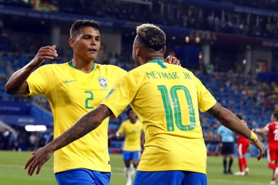 Neymar Ingin Pensiun dari Timnas, Thiago Silva Salahkan Publik Brasil