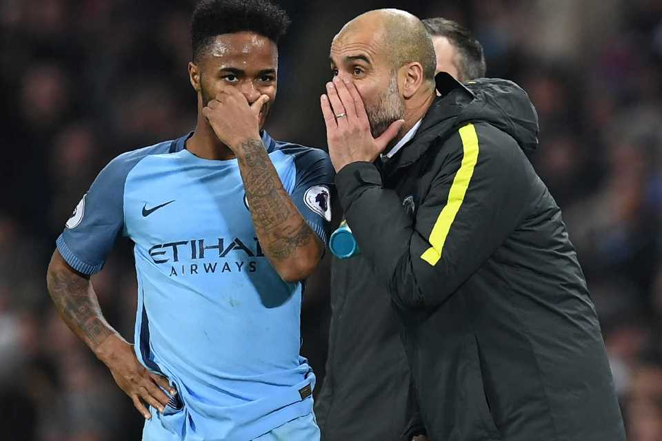 Sterling Tidak Bahagia di Man City, Guardiola: Silahkan Cari Klub Lain