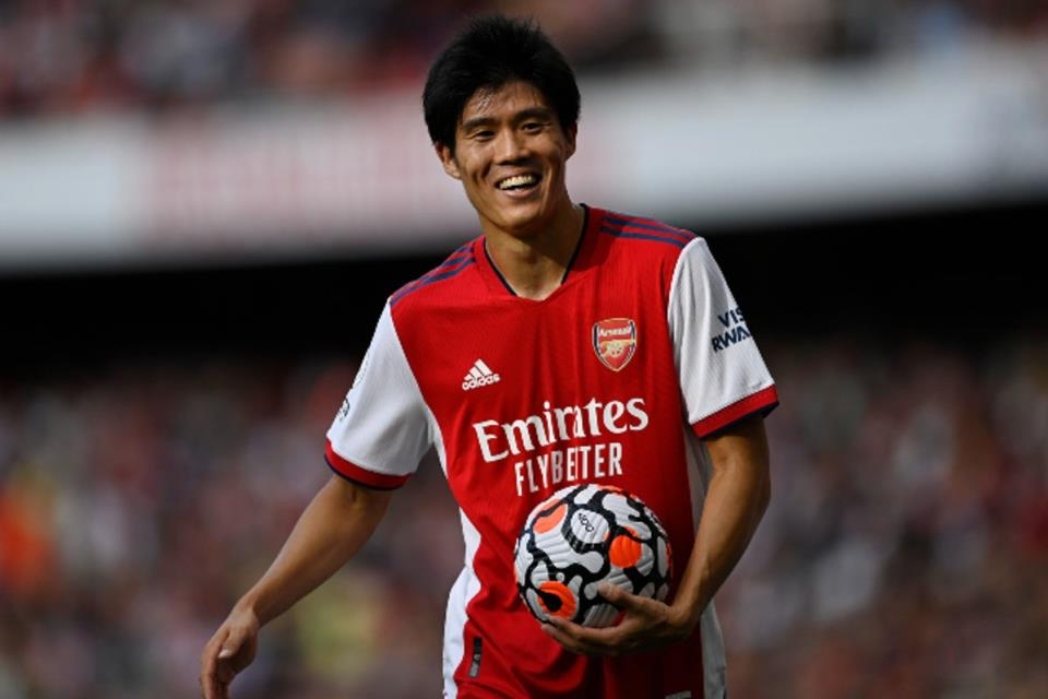 Baru Datang, Tomiyasu Langsung Terpilih Sebagai Pemain Terbaik di Arsenal