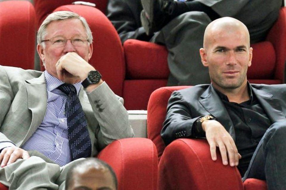Rumor Zidane Depak Solskjaer di Man United Hanya Hoax Belaka?